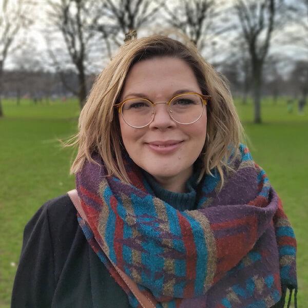 Headshot of Caitlin Skinner